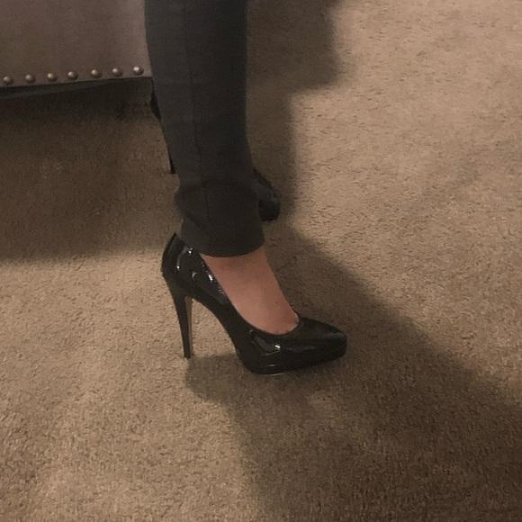 Elle Shoes | Black Shiny Pump High